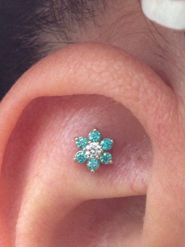 Stunning CZ Flower Set In Gold From NeoMetal